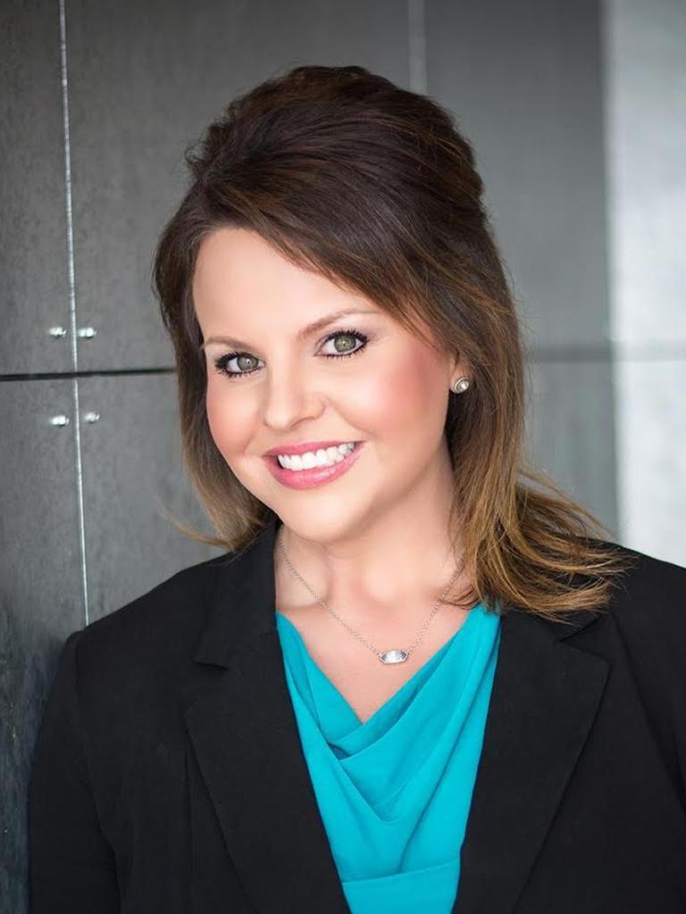 Nina Cox