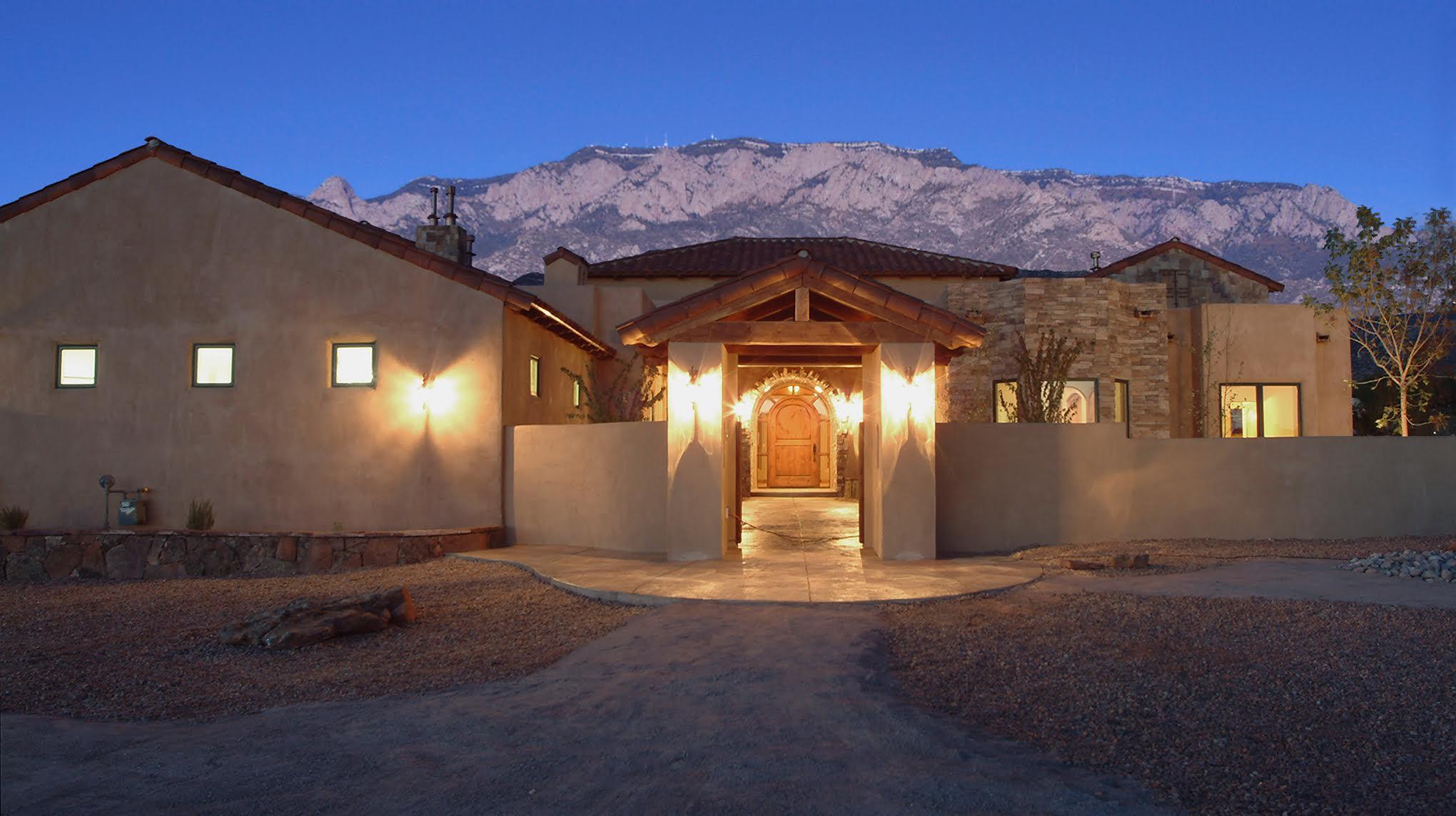 CB Legacy Real Estate Lifestyle Photo 06