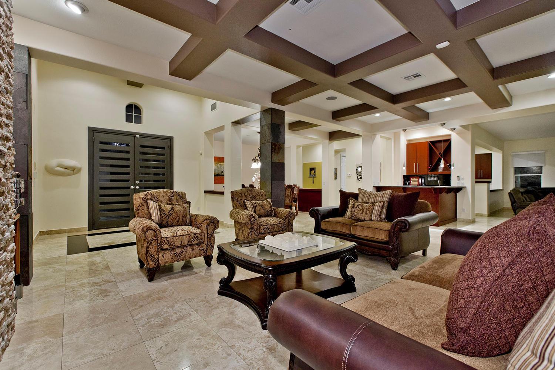 Las Vegas Real Estate Lifestyle Photo 03