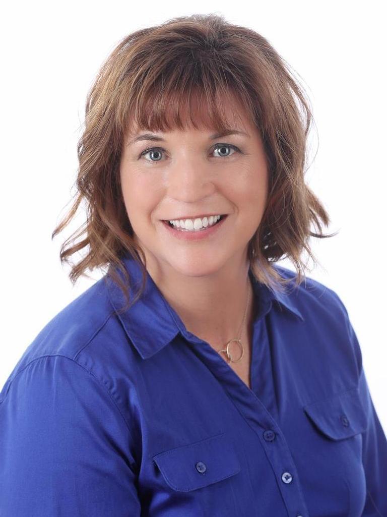 Debbie Ellefson