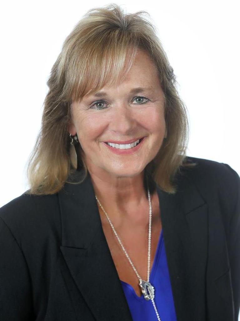 Gayle Schwarz