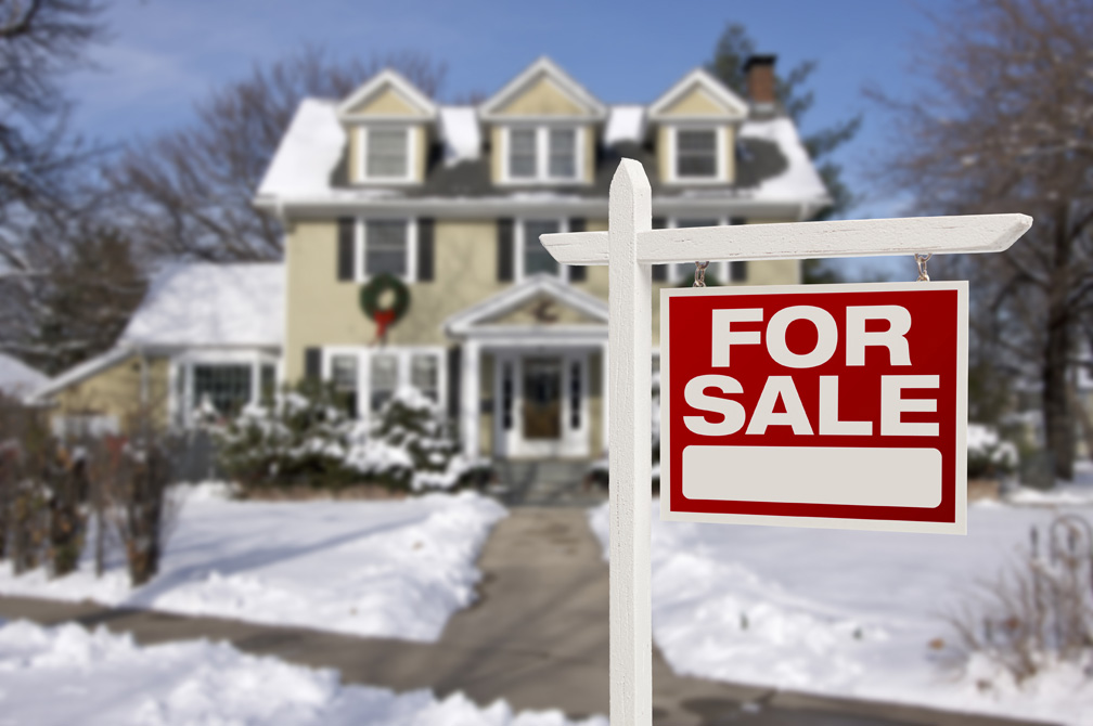 Top 4 Reasons to Buy a Home During the Holidays